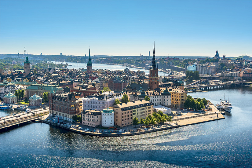 image 1 vue sur la vieille ville ou Gamla Stan a Stockholm Suede 29 as_116711322