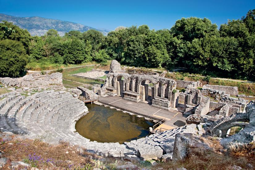 image Albanie butrint amphitheatre de ancien baptistere 37 as_66474483