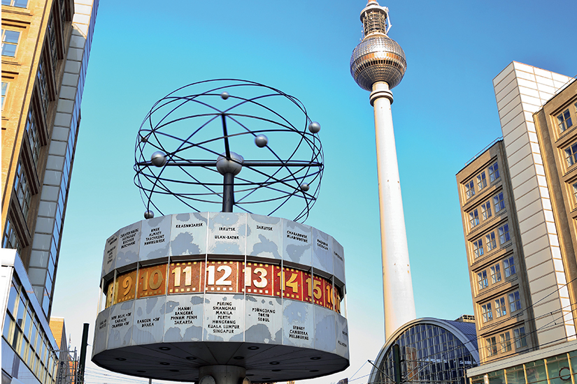 image Allemagne Berlin Alexanderplatz is_488869875