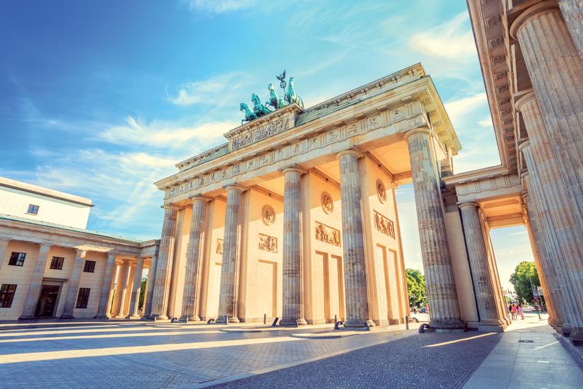 image Allemagne berlin porte brandebourg atraction celebre 09 fo_123854792