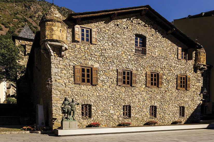 image Andorre Andorre le vieille Casa de la Vall  fo