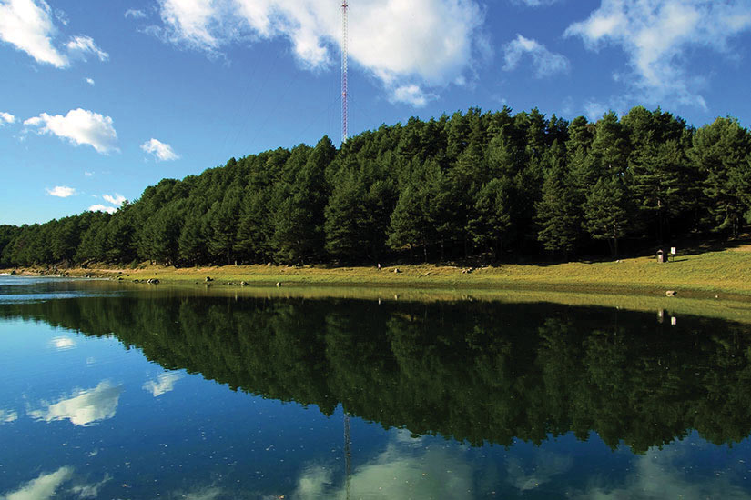 image Andorre Paysage foret lac  fo