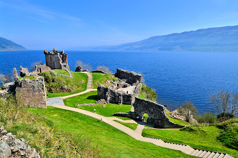 image Angleterre Loch Ness Ruines chateau Urquhart  fo