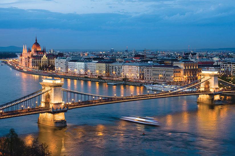 image Budapest paysage urbain nuit  fo
