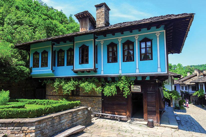 image Bulgarie Maison traditionnelle  fo