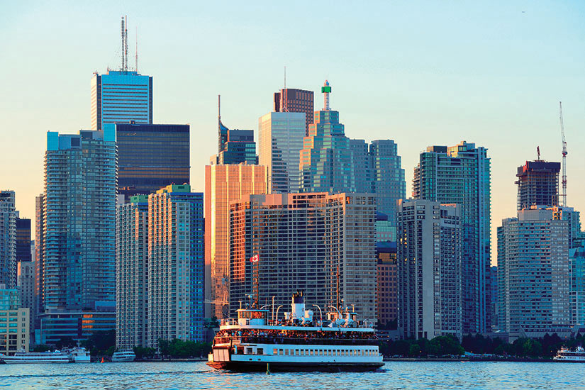 image Canada Toronto horizon avec le bateau  fo