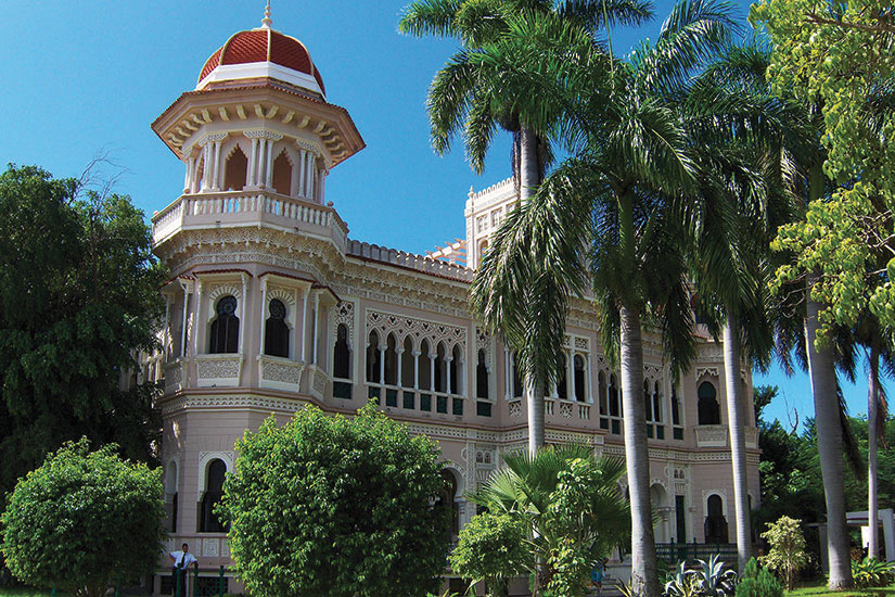 image Cuba Cienfuegos Palacio de Valle  fo