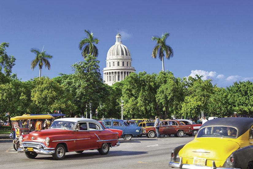 image Cuba Havane Circulation routiere  it