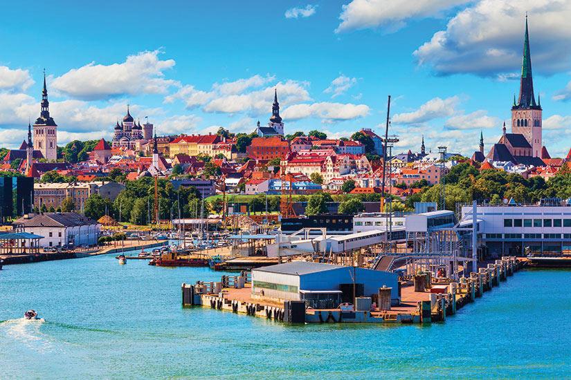 image Estonie Tallinn Vue panoramique  it