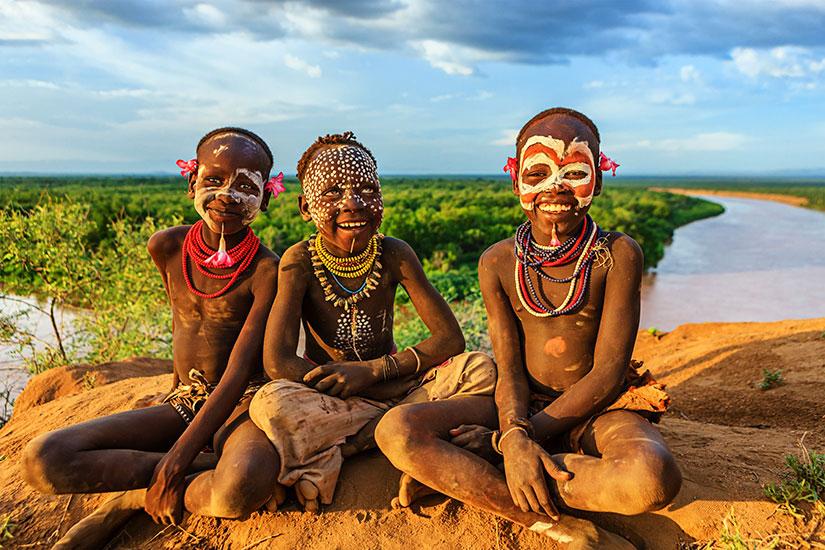 image Ethiopie Culture Karo jeunes garcons  it