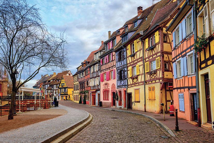 image France Alsace maisons colorees de la ville medievale Colmar  fo