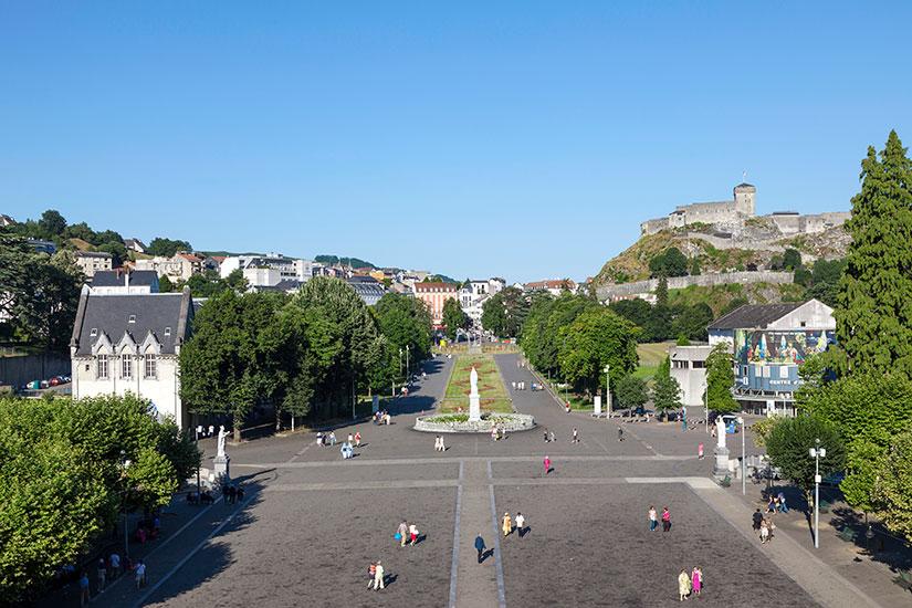 image France Lourdes place Rosaire  it