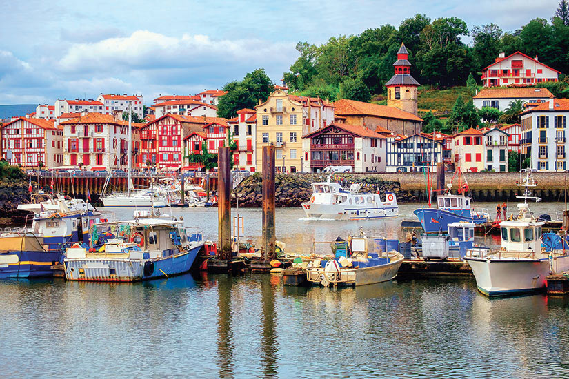 image France Saint Jean De Luz maisons basques colorees  fo