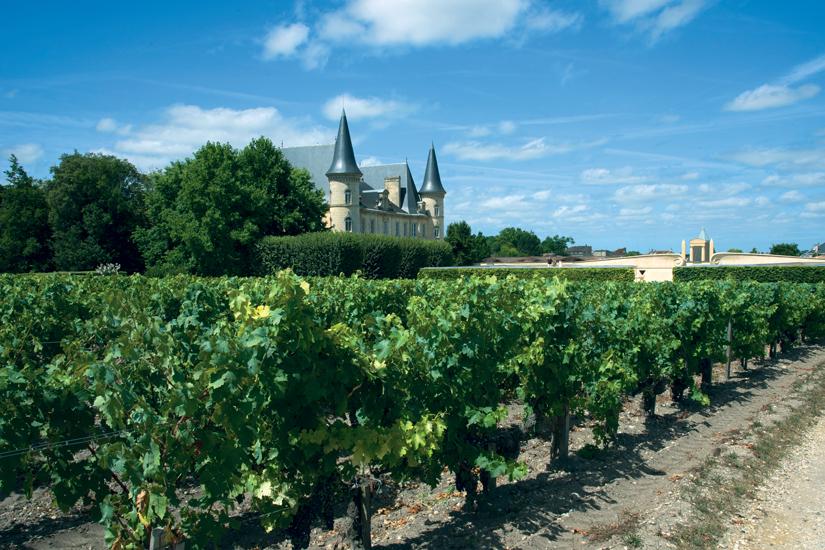 image France bordeaux pauillac historique chateau pichon longueville baron 86 fo_119809887