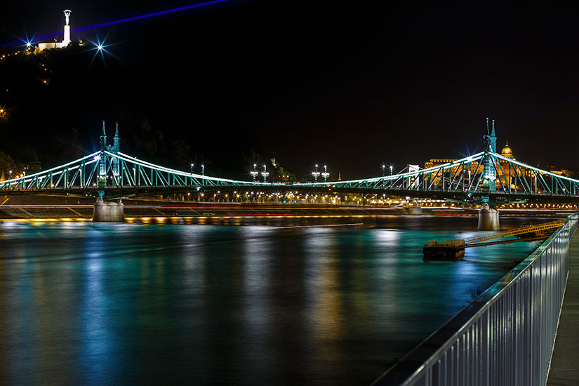 image Hongrie Budapest Pont Freedem  it