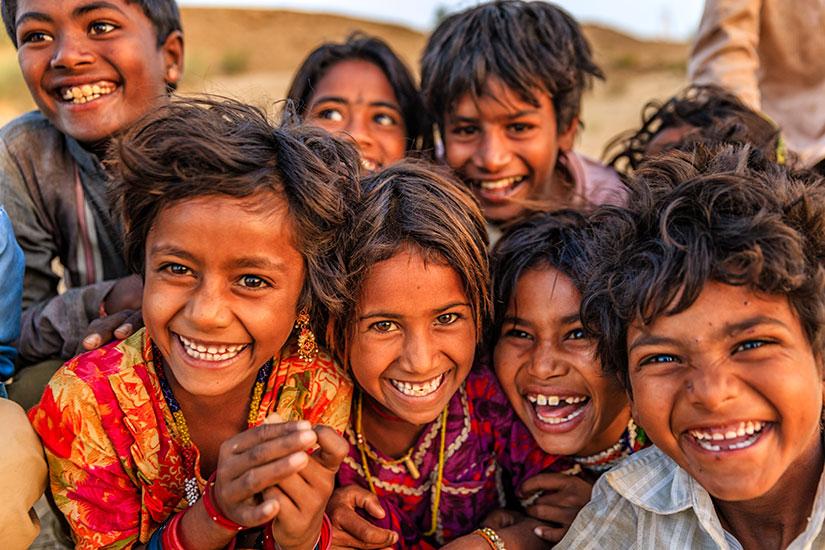 image Inde Jaisalmer Groupe enfants heureux  it