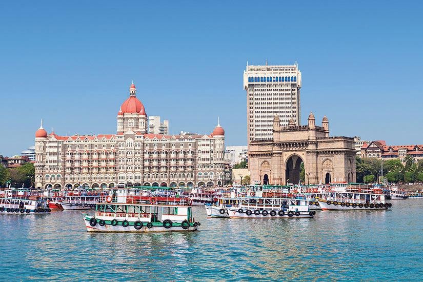image Inde Mumbai Taj Mahal hotel et passerelle  fo