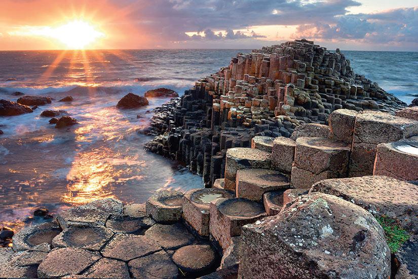 image Irlande Chaussee Geants Comte d Antrim Coucher de soleil  it