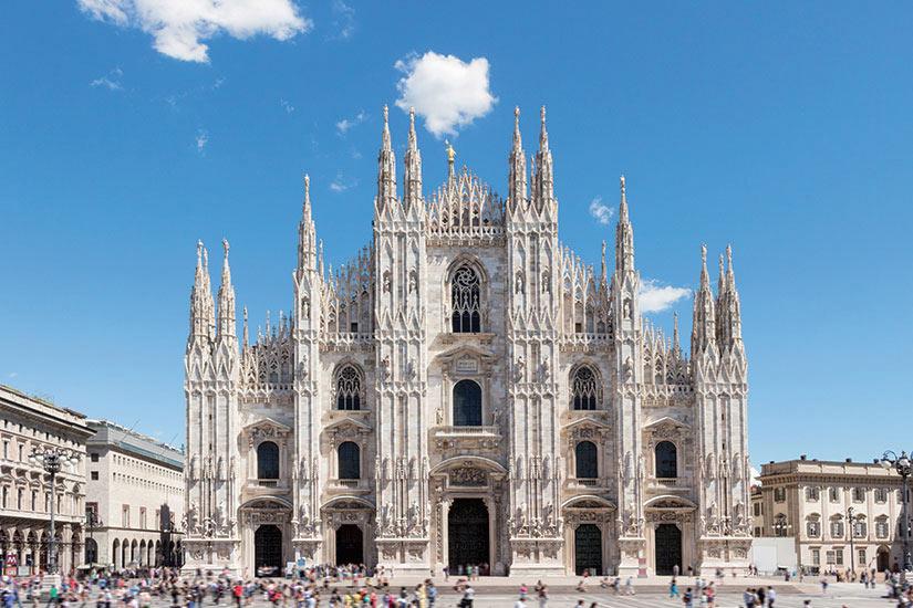 image Italie Milan Le dome de Milan Marche de dome  fo