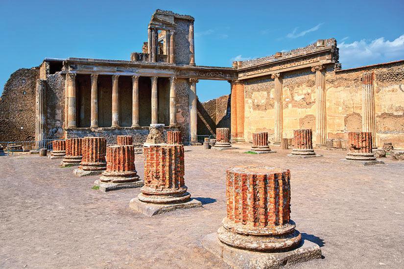 image Italie Pompei ruines du temple romain antique  fo