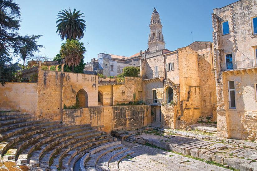 image Italie Puglia Lecce theatre romain  fo