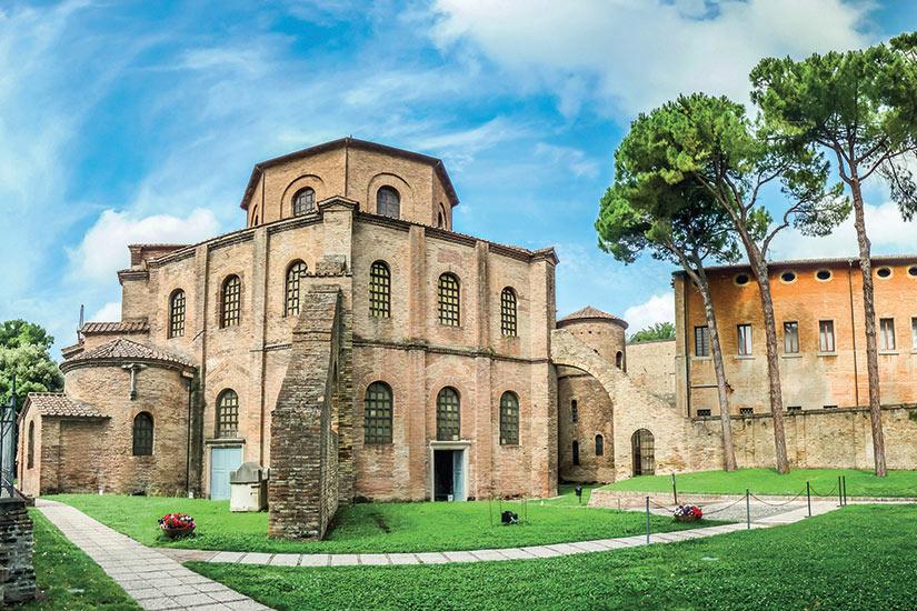 image Italie Ravenne celebre basilica di San Vitale  fo