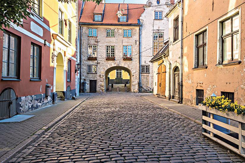 image Lettonie Riga rue medievale  fo