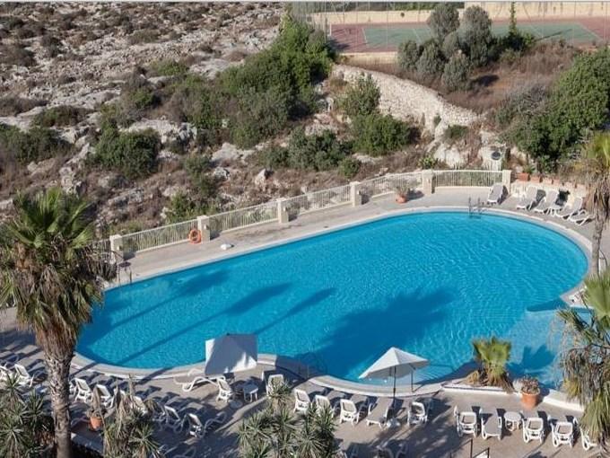 image Malte hotel salini resort piscine
