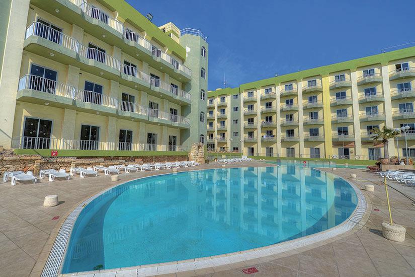 image Maltes Topaz Hotel piscine