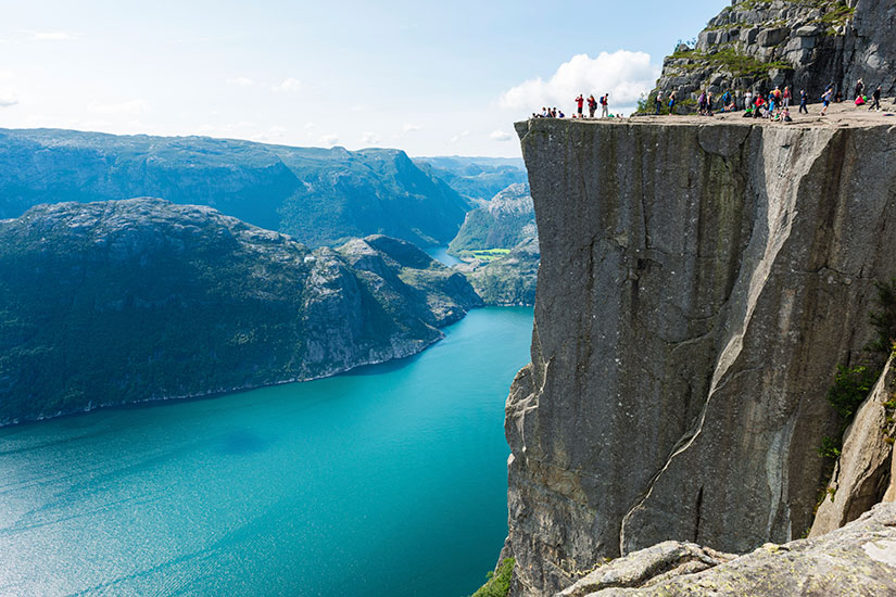 image Norvege Lysefjorden Chaire Rock  it