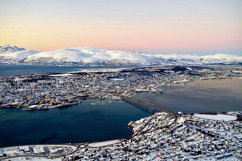 image Norvege Vue de Tromso as_245354574