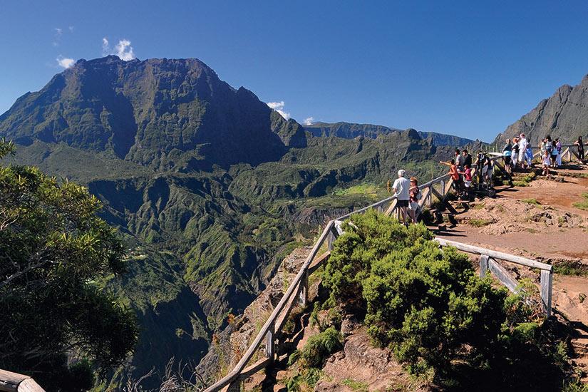 image Reunion Maido cirque vue panoramique tourists  fo