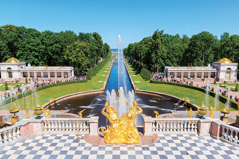 image Russie Saint Petersbourg Grand cascade Peterhof  it