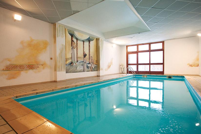 image Savoie val cenis lanslebourg les alpes club mmv hotel 62 piscine_257