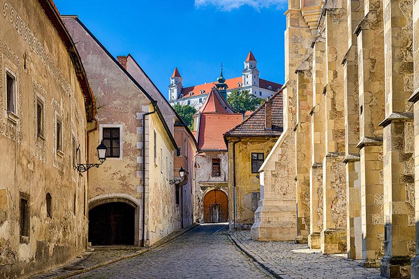 image Slovaquie Bratislava vieille ville  fo