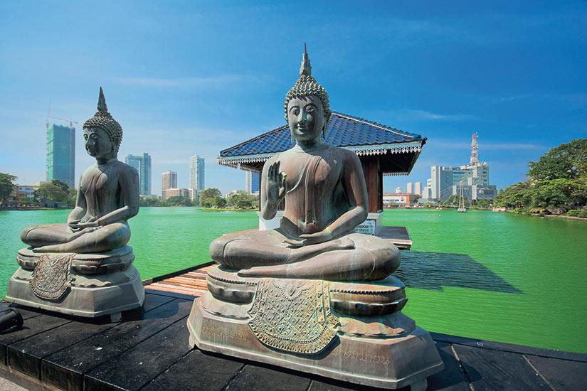image Sri Lanka Colombo temple Gangarama  fo