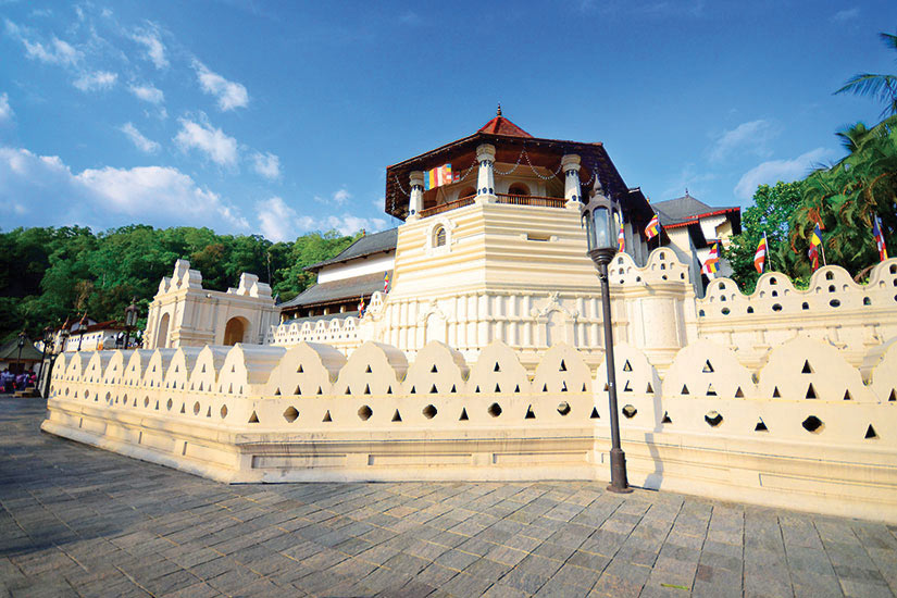 image Sri Lanka Kandy Dalada Maligawa  fo