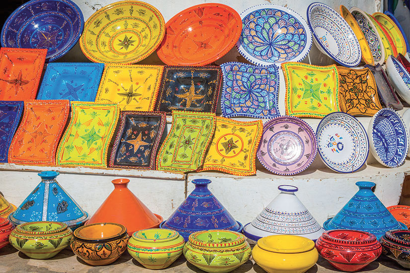 image Tunisie Djerba faience sur le marche  it