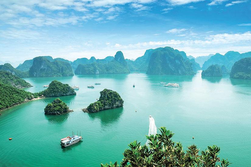 image Vietnam Baie Halong vue aerienne  it