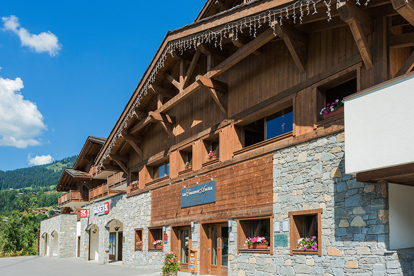 image chatel residence chalets angele 5