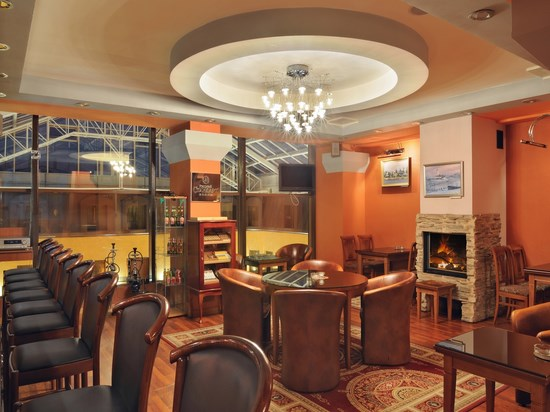 image russie hotel dostoevsky salon