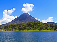 costa rica arenal volcan