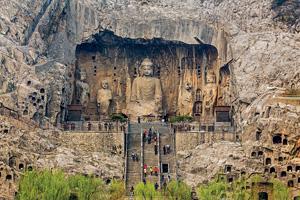 chine luoyang grottes bouddhiques de longmen 07 it_486745309
