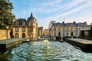 vignette Entree du parc thabor Rennes ville Bretagne France 77 as_190173026