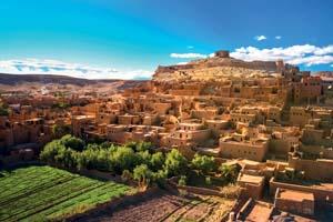 maroc ouarzazate panorama ancienne kasbah marocaine ait benhaddou 11 fo_124597792