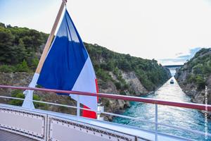 ponant navire lyrial canal de corinthe grece
