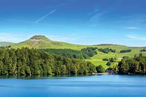 vignette Paysage du Lac Pavin en Auvergne 63 as_163124261