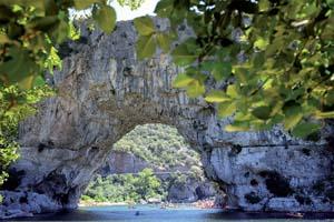 pont d arc naturel sur l ardeche riviere pont d arc en france 05 as_222203472