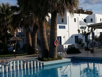 vignette grece crete Hotel hara ilios piscine