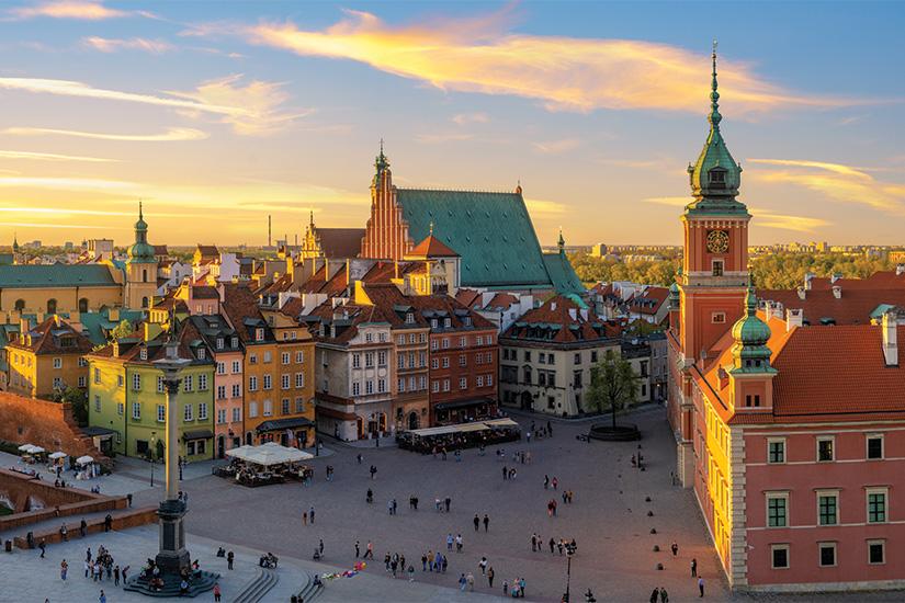 (image) image Varsovie chateau royal et vieille ville au coucher du soleil 94 as_208632747